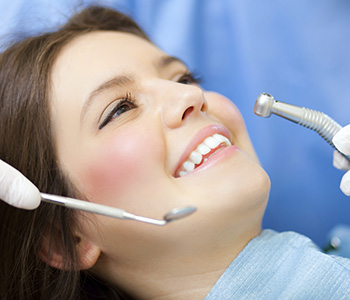 Critical factors to consider when reviewing family dentists in Richmond