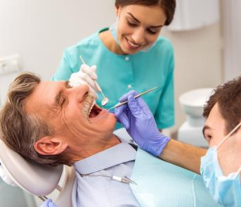 Richmond dentist ensures patient comfort with sedation dentistry